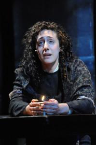 Shayna Blass as Yentl